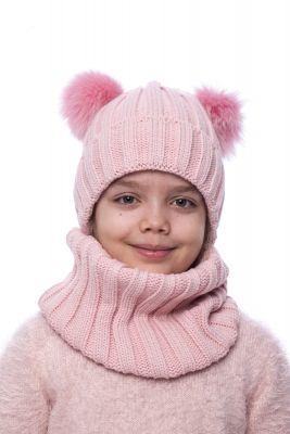 Megzta vilnonė kepurė su dviem lapės kailio bumbulais (rožinė)