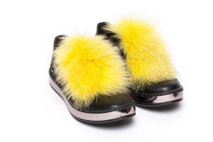 Batų aksesuaras iš lapės kailio geltonas