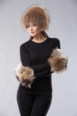 Megzta usūrinio šuns kailio kepurė, natūrali