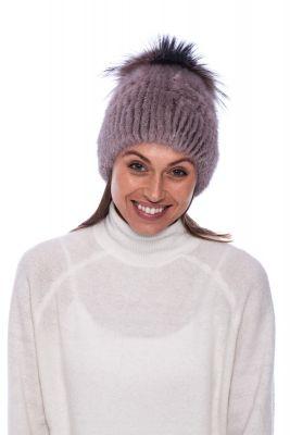Megzta audinės kailio kepurė plačiu bumbulu tamsiai gelsva/gelsvinto frosto (didesnis dydis)