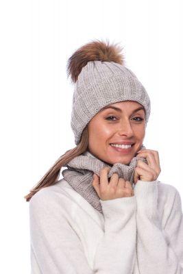 Megzta vilnonė kepurė su bumbulu gelsva