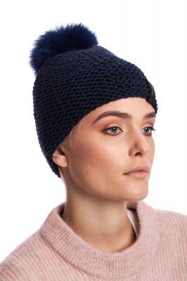 Megzta vilnonė kepurė su bumbulu mėlyna