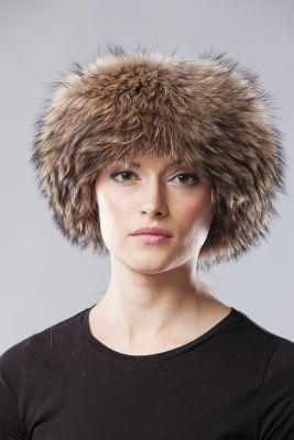 Kepurė Klasika, usūrinio kailio, natūralios spalvos