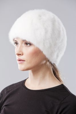 Audinės kailio kepurė balta
