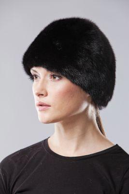 Audinės kailio kepurė juoda