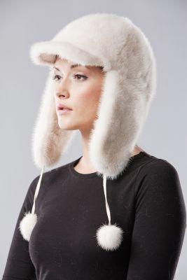 Audinės kailio ausinė kepurė, balta