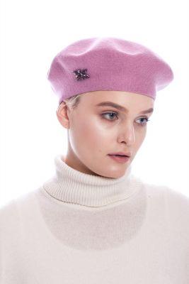 Vilnonė beretė rožinės spalvos