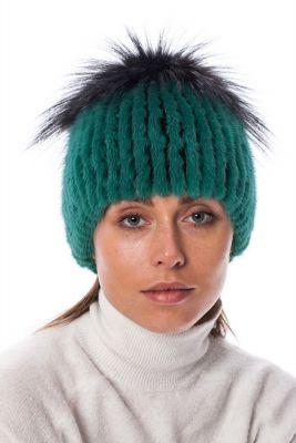 Megzta audinės kailio kepurė plačiu bumbulu, žalia