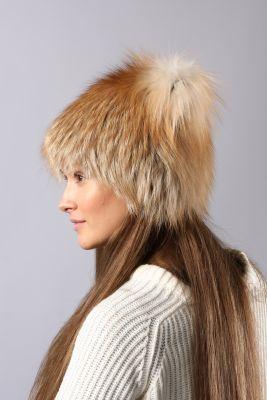 Megzta lapės kailio kepurė Katinėlis SAGA, aukso
