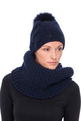 Megzta kepurė su bumbulu, mėlyna