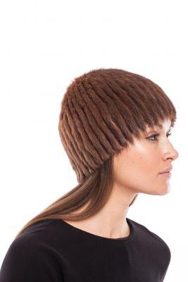Megzta audinės kailio kepurė, apvali, ruda