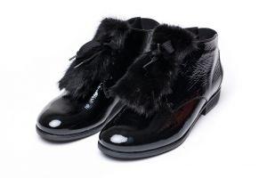 Batų aksesuaras iš audinės kailio juodas