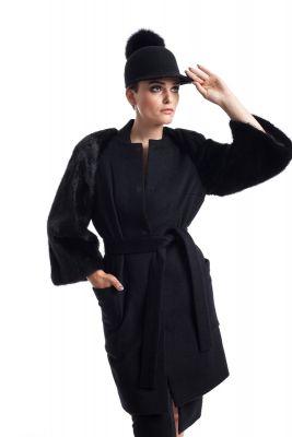 Juodos sp. vilnos ir kašmyro paltas su juodos audinės rankovėmis