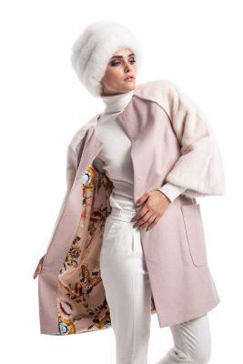 Rožinės sp. vilnos ir kašmyro paltas su gelsvos audinės rankovėmis